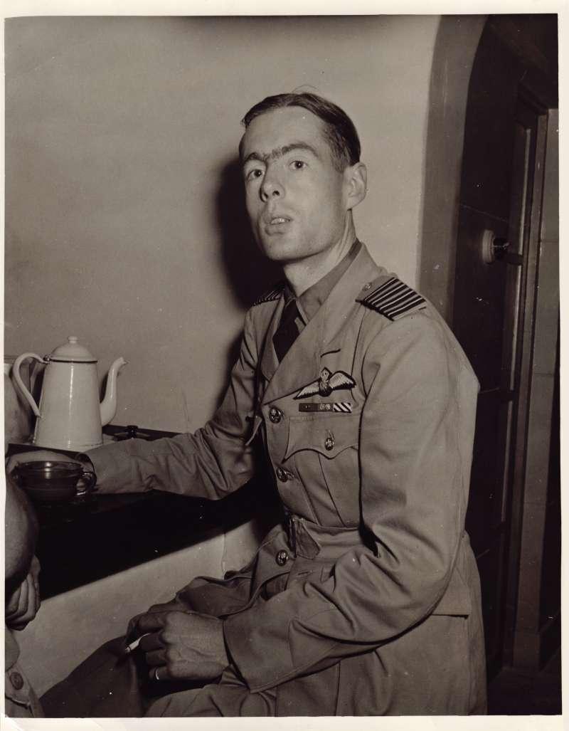 Leonard in uniform